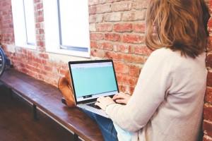 écrire sur un banc